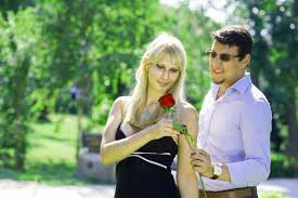 Love Couple Romantic Images Pics Download