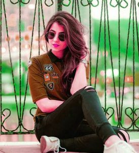 Latest Royal Whatsapp DP Profile Images Wallpaper pics With Stylish Girls